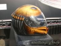 airbrush helm predator seite