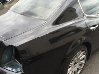 carwrapping maserati schwarz glänzend orafol
